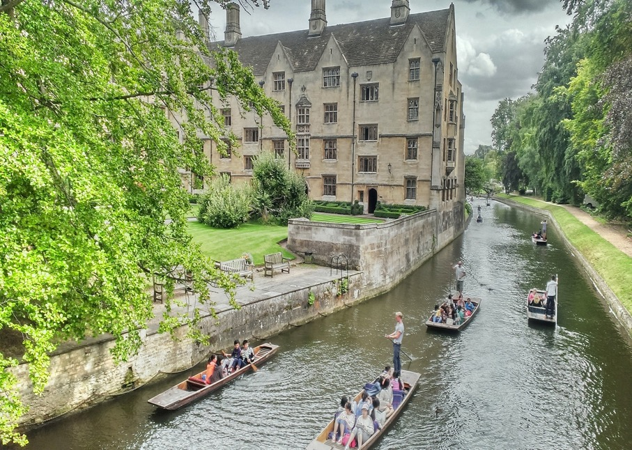 river cam cambridge rowing